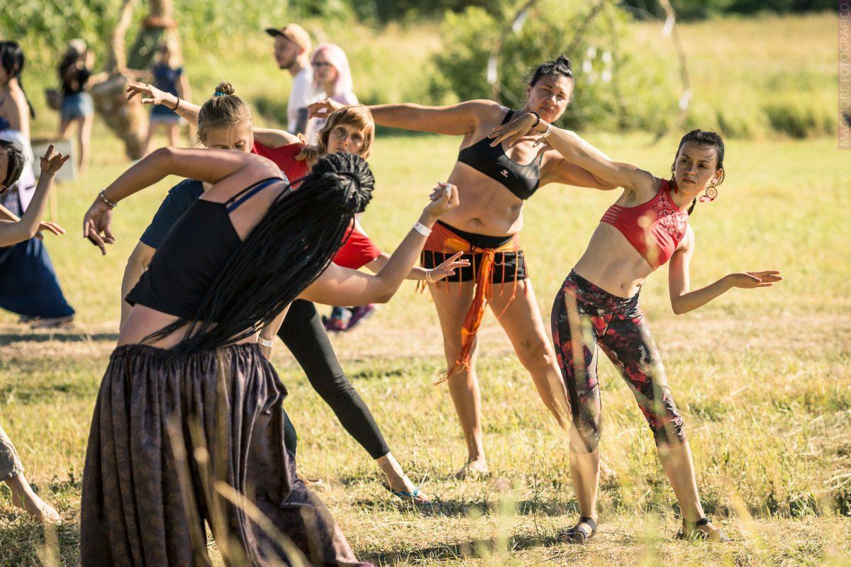 Этно Drum Fest ежегодный фестиваль этнической музыки в Украине, танцы